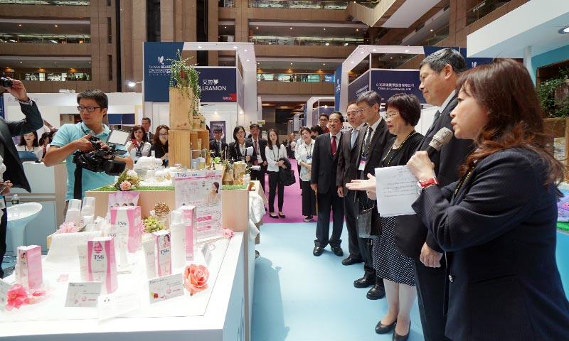 台灣國際美容展攤位設計-(3)